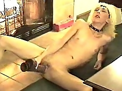Amateur And Big Dildo
