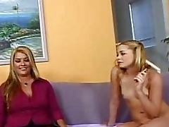 Cougar mom and sluty blonde do porn together