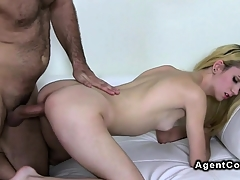 Amateur with small tits has hardcore casting