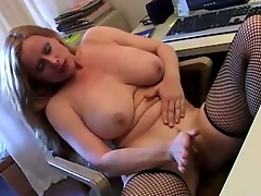 Nasty milf masturbates her stained warm pussy on tryst desk