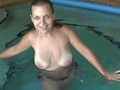 GF with big scrumptious tits giving buff on cam