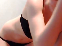 Sexy Babe Constricted Love Tunnel Closeup