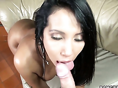 Chica Angelina with big bottom is the one that wants cum on face over and over again