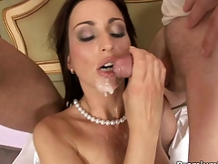 Whore maid Simone Style gets doubled